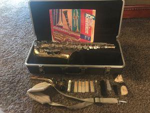 Saxophone Bundy 2 for Sale in Fresno, CA