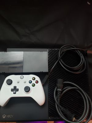 Xbox one for Sale in Streamwood, IL