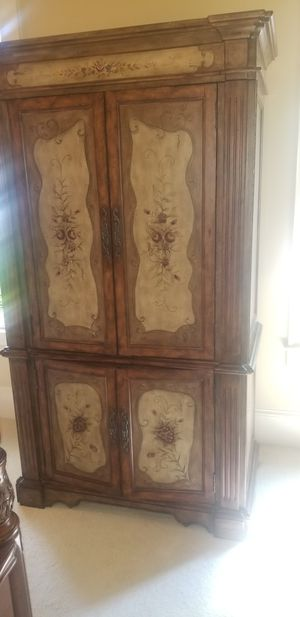 Armoire for Sale in Norcross, GA