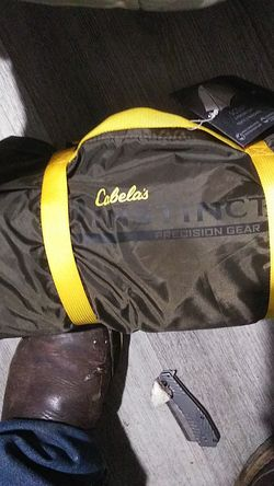 Cabelas two persons pop up tent for Sale in Marysville,  WA