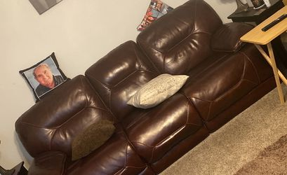 Leather Couch /electric Recliner for Sale in Denver,  CO