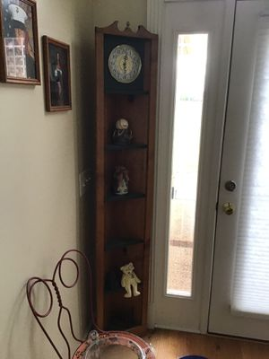 Corner shelf with clock for Sale in Lebanon, TN