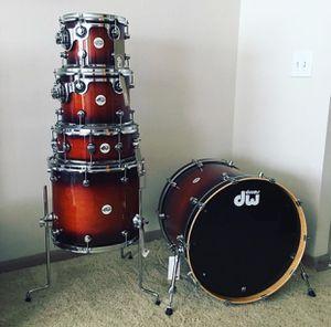 DW Drums Design Series Tobacco Burst - 5 piece for Sale in Houston, TX