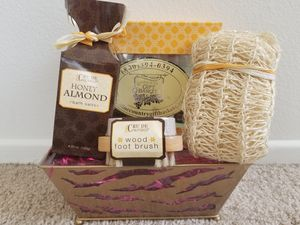 Spa Gift Set for Sale in West Los Angeles, CA