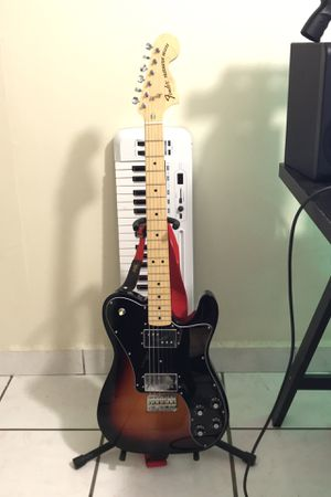 Fender Telecaster 72 Deluxe Electric guitar for Sale in Miami, FL