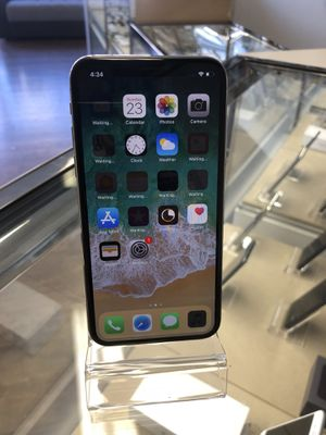 iPhone X 64GB unlocked for Sale in San Francisco, CA