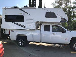 Elkhorn camper for standard Short 6.5 or long bed trucks 1/2, 3/4, or 1 ton for Sale in Lake Elsinore, CA