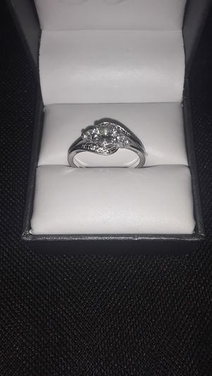 Engagement ring size 7 for Sale in El Paso, TX