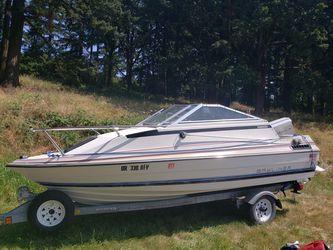 84 Bayliner capri cuddy cabin 125hp for Sale in Oregon City,  OR