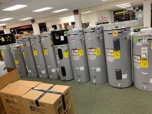 AO SMITH ELECTRIC WATER HEATERS LIQUIDATION SALE L0 for Sale in Houston, TX