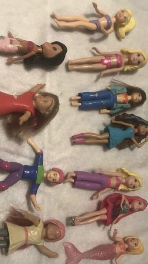 Disney small dolls mermaid girls 11 Different pieces They are clean and packed away for Sale in Stroudsburg, PA