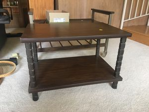 Small table for Sale in Los Angeles, CA