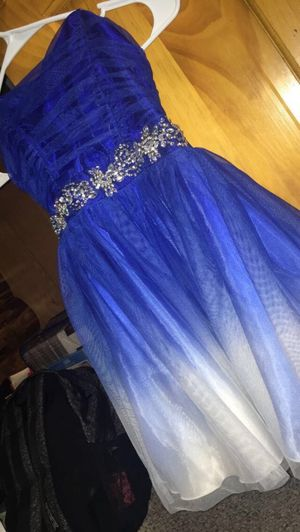 Prom dress for Sale in Wellsburg, NY
