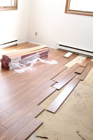 LOW INSTALL PRICES FOR TILE LAMINATE CERAMIC FLOORING for Sale in Conroe, TX