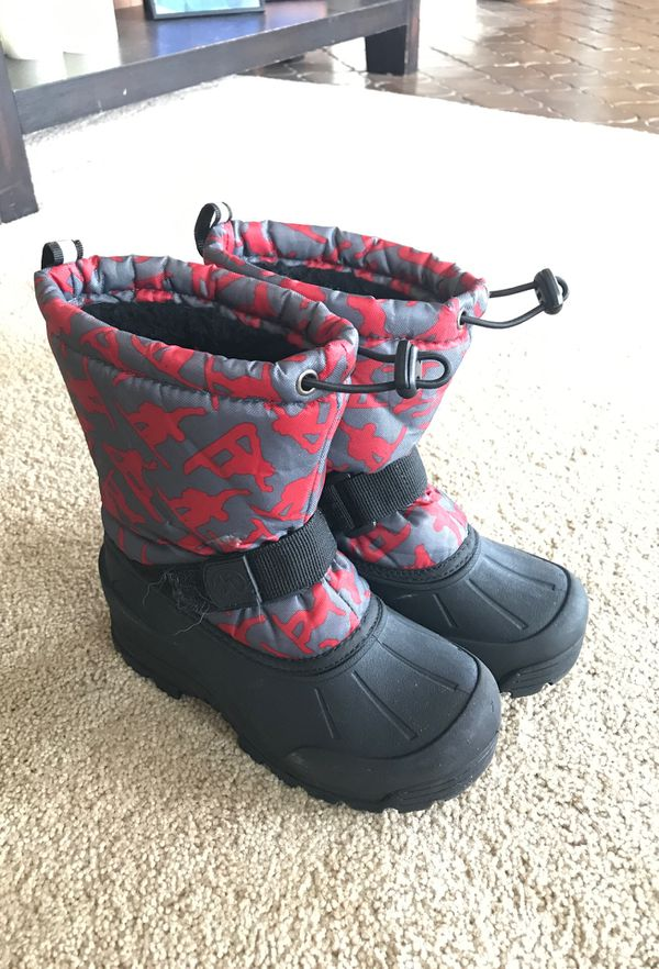 Kids size 1 snow boots