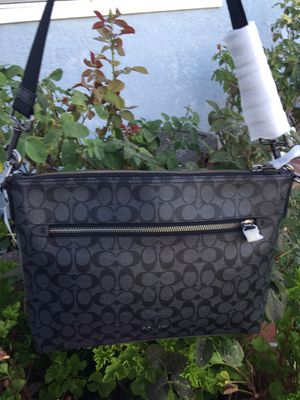 Coach men messenger bag for Sale in Gardena, CA