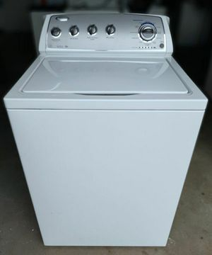 Washer Whirlpool (FREE DELIVERY & INSTALLATION) for Sale in Hialeah, FL
