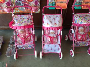 $20 baby with stroller located in Palmdale California open to 10 p.m. for Sale in Palmdale, CA