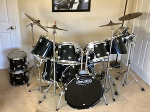 11 Piece Pearl mix Drum Set with Cymbals & Hardware for Sale in Seal Beach, CA