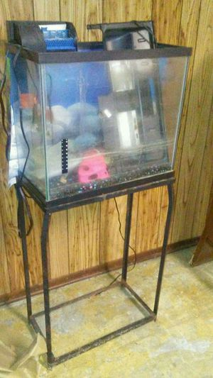 Fish tank and stand for Sale in Roseville, MI