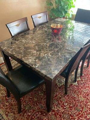 Table with 6 chairs for Sale in Alexandria, LA