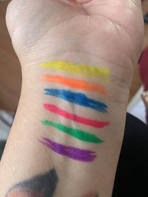 Colorful eyeliner glue pens for Sale in Commerce, CA