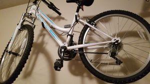 24 inch bike for Sale in Lithonia, GA