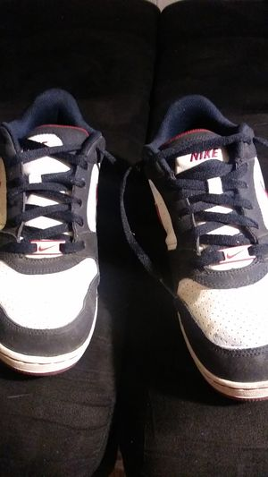 8.5 nike airs for Sale in Tracy, CA