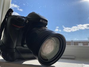 Nikon D610 with grip and 24-85mm lens for Sale in Philadelphia, PA