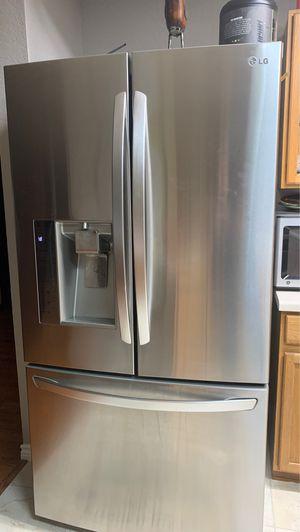 LG fridge for Sale in San Antonio, TX
