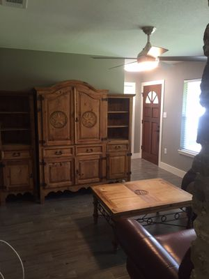 TV Stand (Entertainment Center) for Sale in Austin, TX