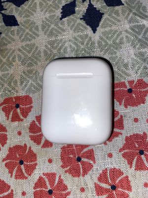 Apple AirPod charging case for Sale in Stockton, CA