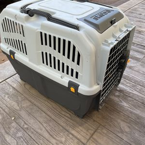 Dog Carrier / Crate for Sale in Palo Alto, CA