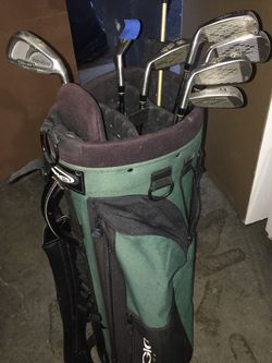 Golf Clubs And Bag $10 for Sale in Everett,  WA