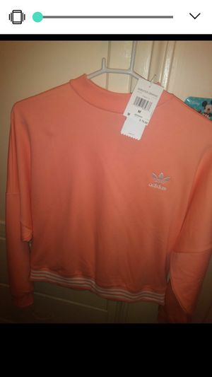 New Adidas sweater size medium...make an offer for Sale in Huntington Park, CA
