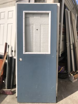 32x79 1/2 exterior laminated door por $50 for Sale in San Diego, CA