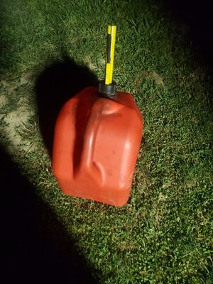 Gas can for Sale in Goldsboro, PA