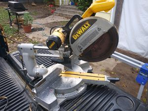Dewalt Saw Dw708 for Sale in Fort Worth, TX