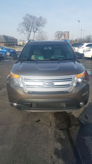 2015 Ford Explorer XLT (FWD) for Sale in Grand Haven, MI