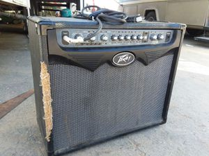 PEAVEY VYPYR amplifier subwoofer for Sale in Montebello, CA