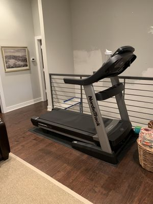 Nordic track 2450 commercial treadmill for Sale in Austin, TX