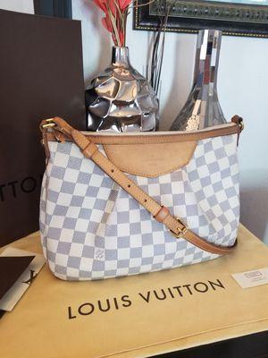 Louis Vuitton Siracusa PM crossbody bag LV purse 100% AUTHENTIC!! for Sale in La Mesa, CA
