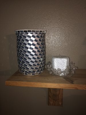 Blue mosaic candle hurricane with silver candle and wreath for Sale in Corona, CA