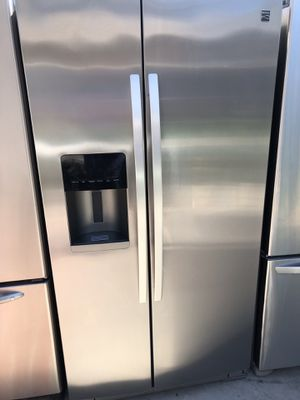 2017 kenmore elite amazing condition works perfect extremely clean for Sale in Bell, CA
