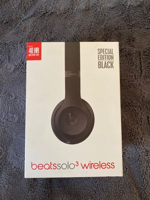 BEATS SOLO3 (BOX ONLY) for Sale in Stratford, CT
