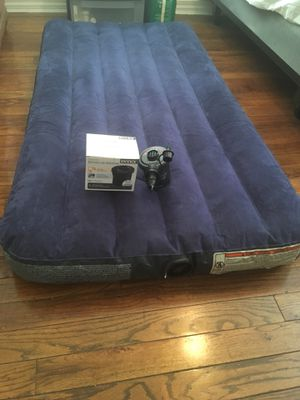 Twin Air Mattress. $50 non negotiable. for Sale in Cincinnati, OH