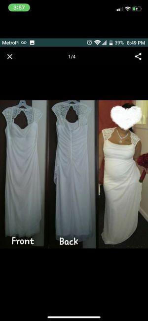 Wedding dress for Sale in Poinciana, FL