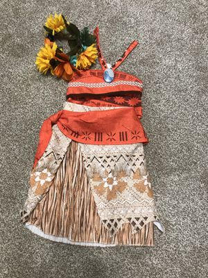 Disney Moana costume with hairpiece for Sale in Milton, FL