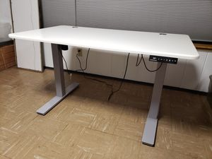 Autonomous desk for Sale in Burien, WA