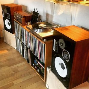Custom design of Stereo Systems, modern or Vintage, record players and Vinyl setups. for Sale in Los Angeles, CA